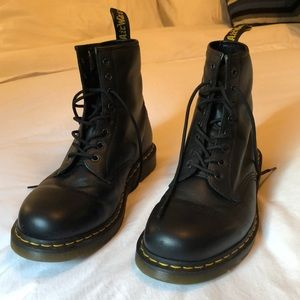 Dr. Martens Men's 8 Eye Boots
